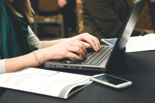 woman-typing-writing-windows-200